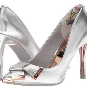 Ted Baker London: Ayelar Silver Pumps - Size 9.5